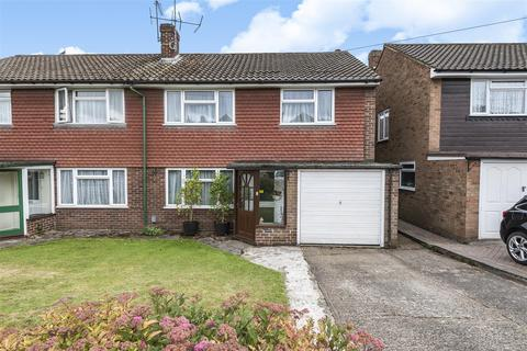 4 bedroom semi-detached house for sale - Valley Walk, Croxley Green, Rickmansworth