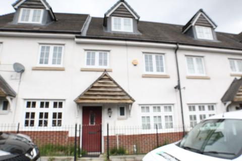4 bedroom townhouse for sale - Hugo Street , New Moston , Manchester M40