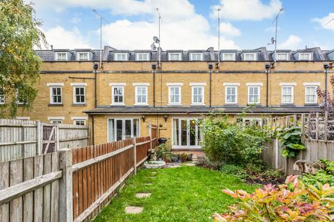 3 bedroom terraced house for sale - Sarum Terrace, E3
