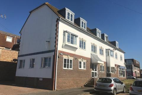 2 bedroom flat to rent - 18 Dorothy Avenue, Peacehaven BN10