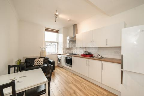 3 bedroom flat to rent - New Cross Road, New Cross