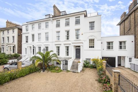 7 bedroom semi-detached house - Shooters Hill Road Blackheath SE3