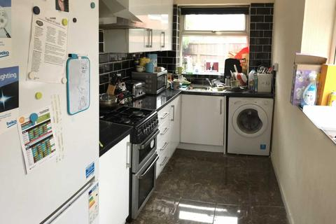 4 bedroom semi-detached house to rent - Parsonage Road, Withington