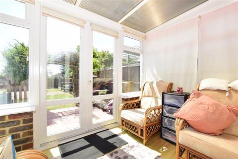 3 bedroom semi-detached house for sale - Milner Road, Elvington, Dover, Kent