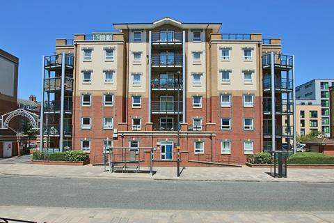 2 bedroom flat for sale - Briton Street, Southampton