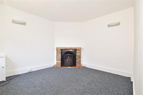 3 bedroom semi-detached house for sale - Shipbourne Road, Tonbridge, Kent