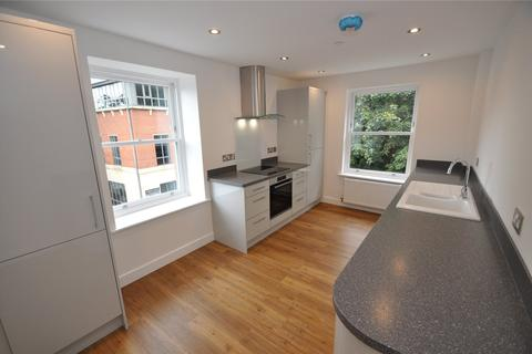2 bedroom penthouse to rent - White Friars, Chester, CH1
