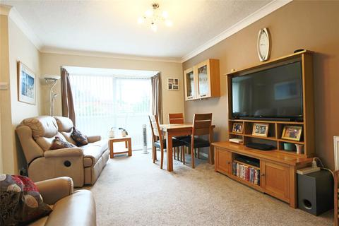 2 bedroom apartment for sale - Rokel Court, Inglemire Avenue, Hull, East Yorkshire, HU6
