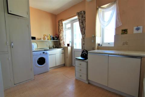 3 bedroom flat to rent - Brighton Road, Worthing, BN11