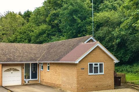 3 bedroom bungalow for sale - Park Hill, Hook Norton, Oxfordshire, OX15