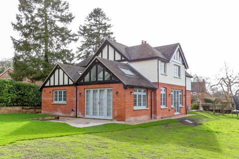 4 bedroom detached house to rent - High Road, Brightwell-Cum-Sotwell