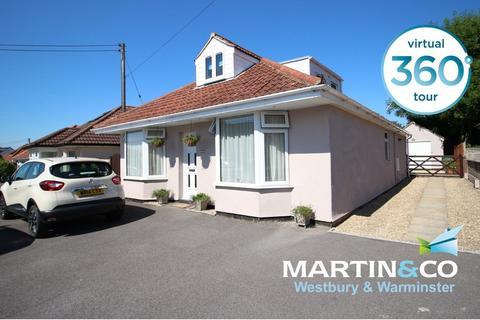 4 bedroom detached bungalow for sale - Eden Vale Road, Westbury