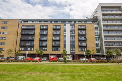 1 bedroom apartment for sale - Douglas House, Ferry Court, Cardiff