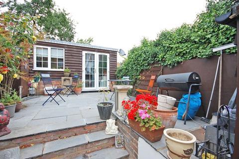 2 bedroom terraced house for sale - Rayne Road, Braintree, CM7