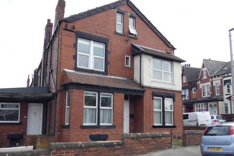 Studio to rent - Roman Terrace, Leeds LS8
