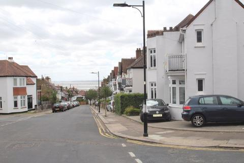 1 bedroom apartment for sale - VIEW OUR VIDEO TOUR - Beach Avenue, Leigh-On-Sea