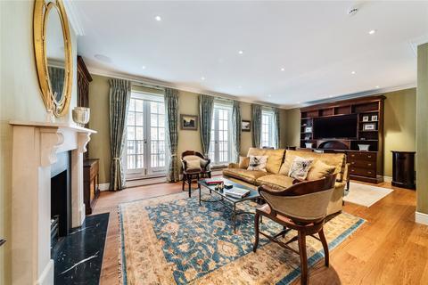 4 bedroom terraced house for sale - Eaton Mews South, Belgravia, London, SW1W
