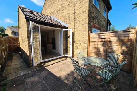 1 bedroom flat to rent - Cross Gates Close, Bracknell, Berkshire