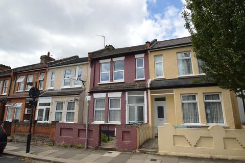 3 bedroom terraced house for sale - Napier Road, London, N17