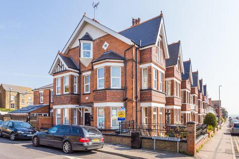 4 bedroom semi-detached house for sale - Granville Avenue, Broadstairs