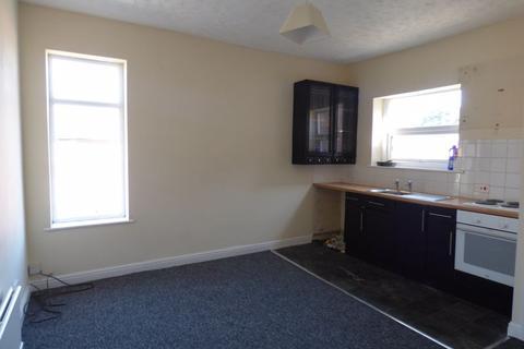 2 bedroom flat to rent - Birch Street, Ashton-Under-Lyne