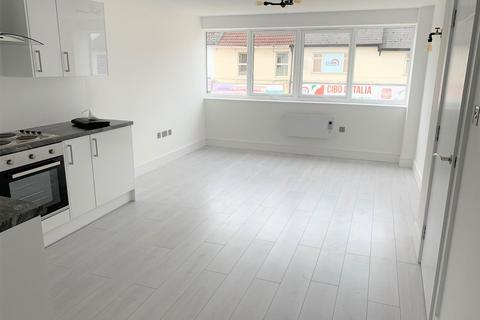 1 bedroom flat to rent - Commercial Road, Swindon