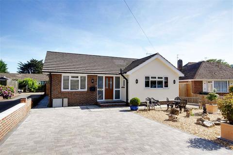 2 bedroom detached bungalow for sale - Central Avenue, Findon Valley, Worthing, West Sussex, BN14