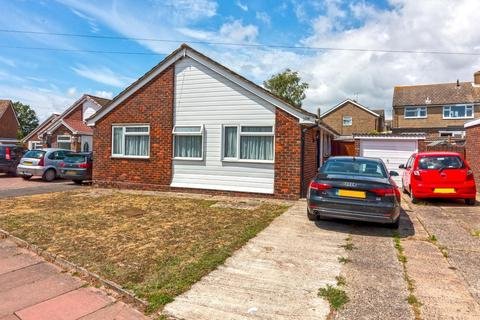 3 bedroom detached bungalow for sale - New Road, Worthing