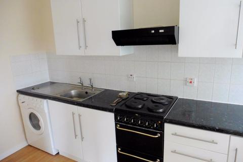1 bedroom flat to rent - Lynwood Close, South Woodford