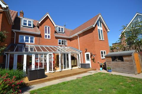5 bedroom house for sale - Braganza Way, Chelmsford