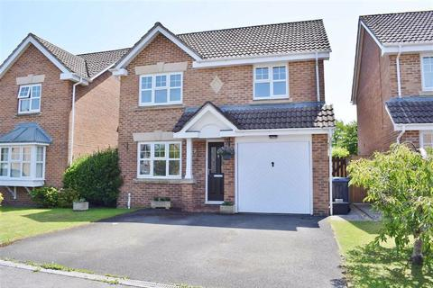 3 bedroom detached house for sale - Sutherland Crescent, Chippenham, Wiltshire, SN14