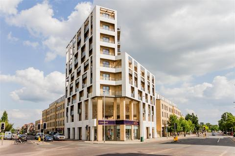 2 bedroom flat to rent - Hills Road, Cambridge