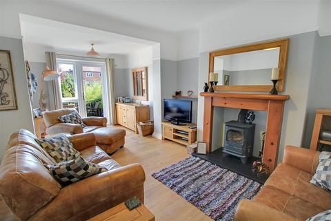 3 bedroom semi-detached house for sale - Clareville Road, Darlington
