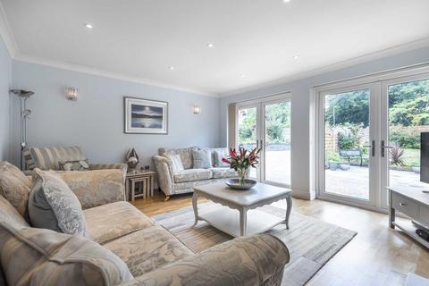 3 bedroom detached bungalow for sale - Park Avenue, Broadstairs