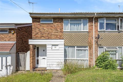 3 bedroom semi-detached house for sale - Finians Close, North Hillingdon, Middlesex, UB10