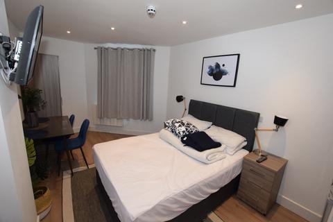 Studio to rent - |REF:1714|, Canal Walk, Southampton, SO14 3BH