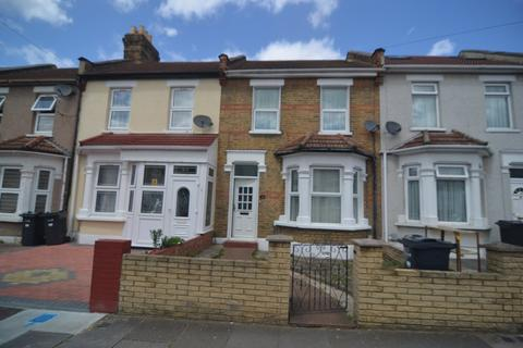 3 bedroom terraced house for sale - Wingate Road, Ilford