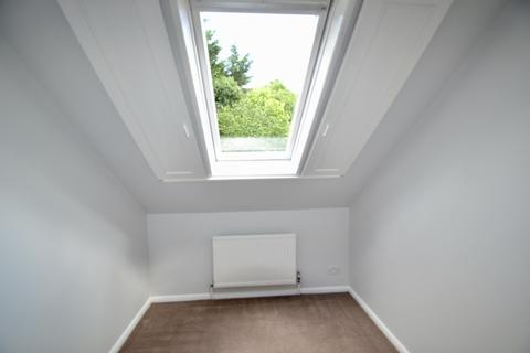2 bedroom end of terrace house to rent - Woodfield Road, Northgate, Crawley