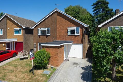 4 bedroom detached house for sale - Studio Close, Kennington, Ashford, TN24