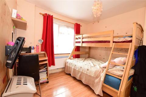 3 bedroom maisonette for sale - Hartshorn Gardens, East Ham, London