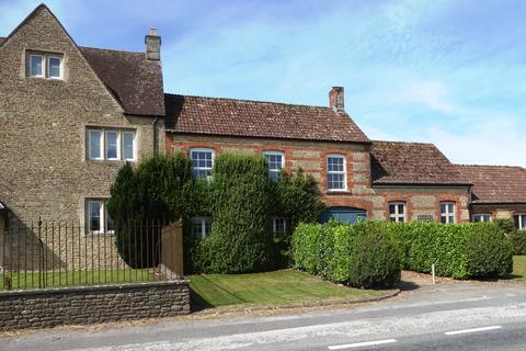 4 bedroom terraced house to rent - Manor Farm BA11