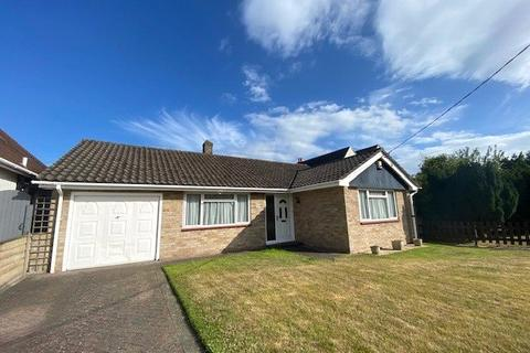 2 bedroom detached bungalow to rent - Walkford Way, Walkford, Christchurch, Dorset, BH23