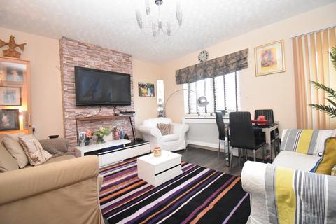2 bedroom flat for sale - Wrottesley Road London SE18