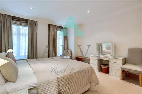 3 bedroom apartment to rent - Aldford House, Park Street, London, W1K