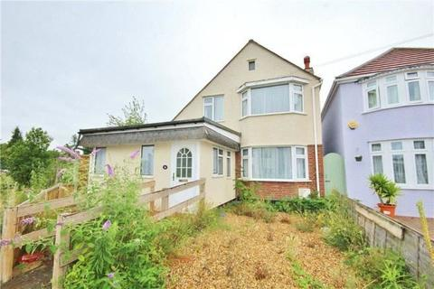 3 bedroom detached house for sale - Heathside, Whitton, Hounslow, ,, TW4 5NN
