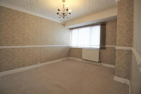 3 bedroom house to rent - Oval Road North, Dagenham, RM10