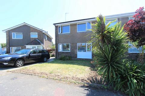 3 bedroom semi-detached house for sale - Bruce Close, Deal, CT14