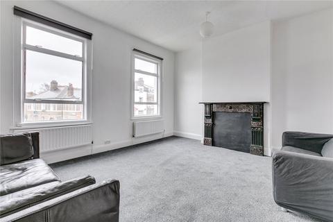 3 bedroom flat - Vant Road, London, SW17
