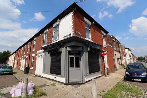 Property to rent - 47 Lovat Road, Preston