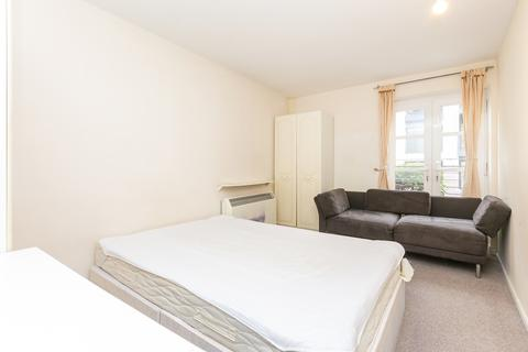 2 bedroom apartment to rent - Langbourne Place, Island Gardens, E14